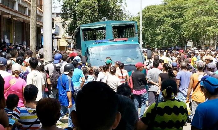 Disturbios-en-puerto-piritu-1-800x450