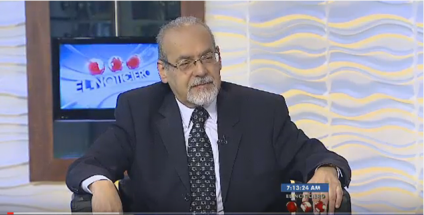 Fotografía referencial  Entrevista El Noticiero Televen - Primera Emisión