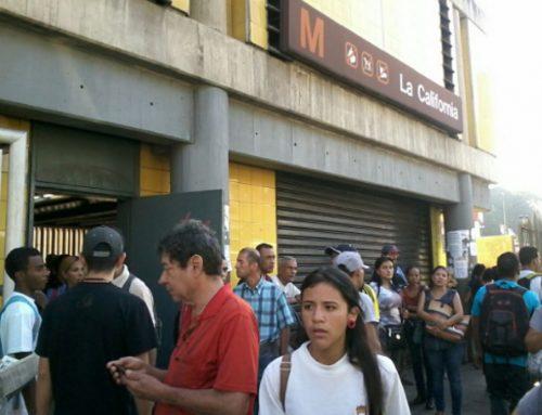 Cierran estaciones del Metro desde Chacaíto hasta La California