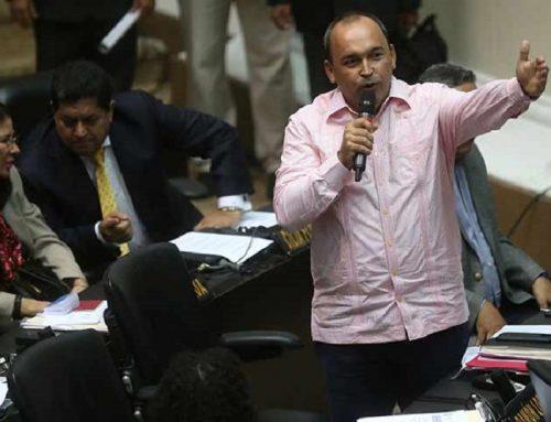 """Francisco Torrealba: """"Es preocupante que dirigentes opositores no estuvieran informados del diálogo"""""""