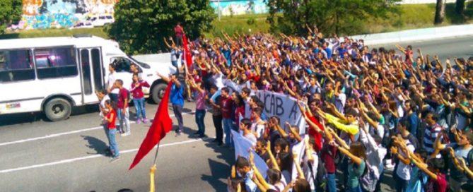 ucab-protesta