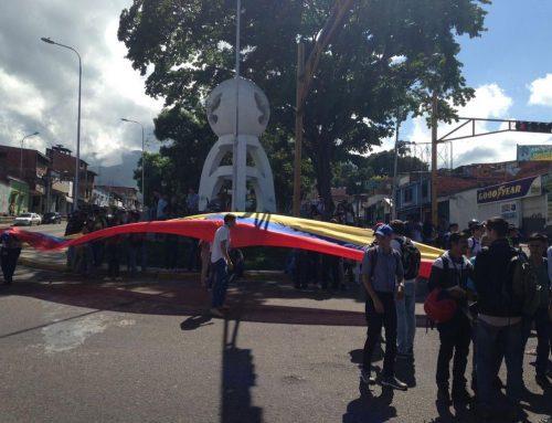 Reportan estudiantes de la Ucat heridos por Politachira